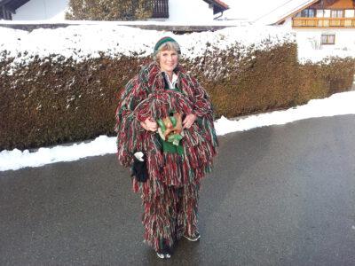Andrea Bogner-Unden als Waldgoischt in der schwäbisch-alemannischen Fasnet
