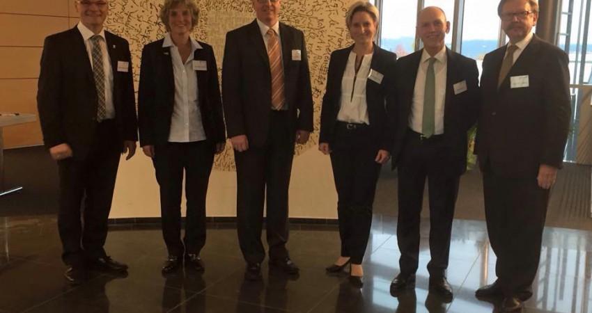 Andrea Bogner-Unden (2. von links) bei der CDU Wirtschaftsrats-Sektion Balingen/Sigmaringen 2015-10-15