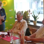 Von links: Andrea Bogner-Unden, Klaus Ernst Harter und MdL Martin Hahn, Foto: Wolfgang Lohmiller