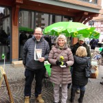 Andrea Bogner-Unden am Wahlkampfstand in Bad Saulgau am Tag vor der Wahl
