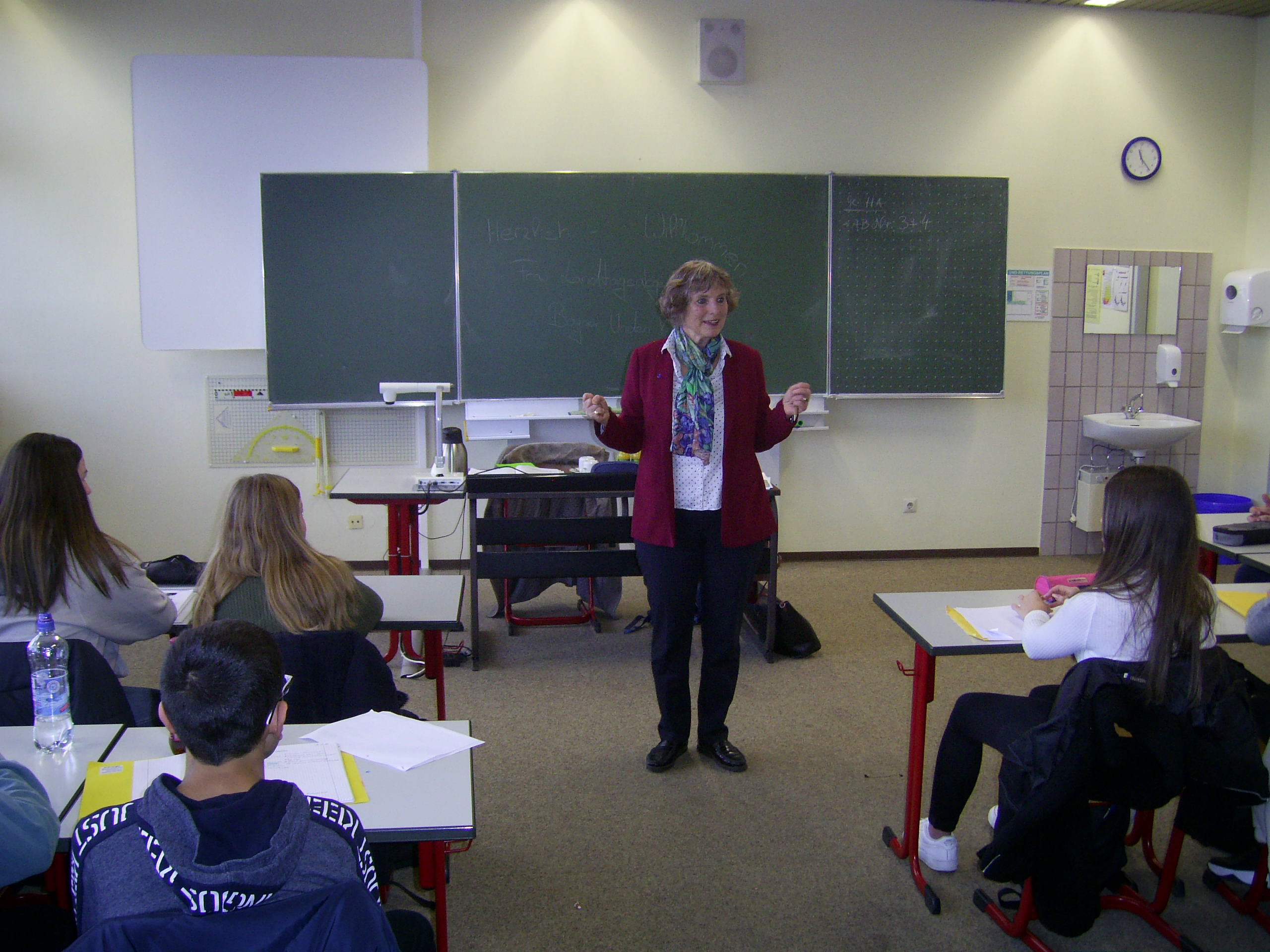 Landtagsabgeordnete besucht Realschule Pfullendorf