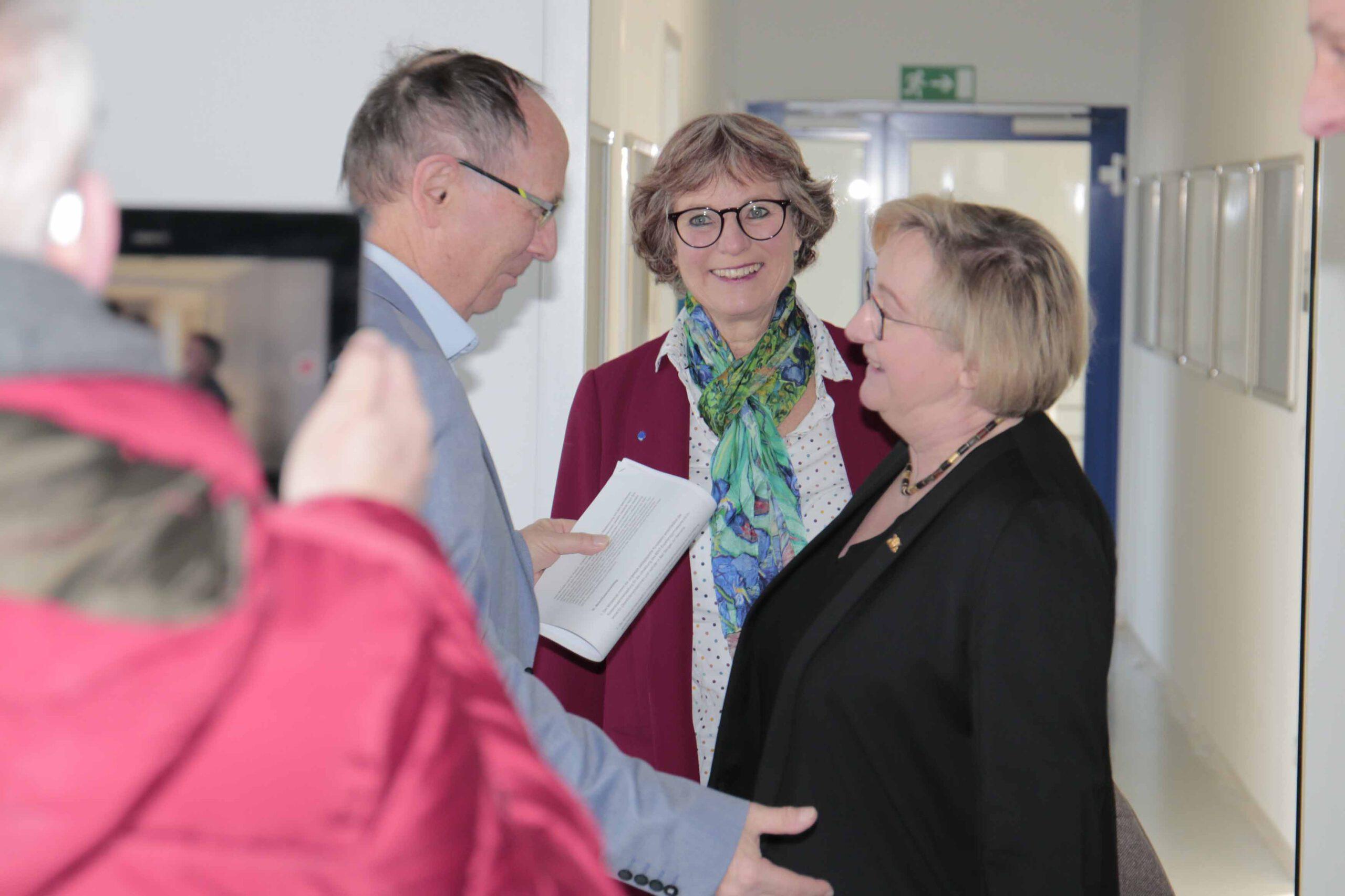 Wissenschaftsministerin Theresia Bauer besucht den Landkreis Sigmaringen